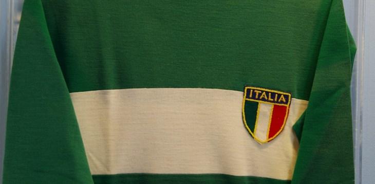 لباس سوم ایتالیا