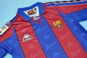 لباس کلاسیک بارسلونا
